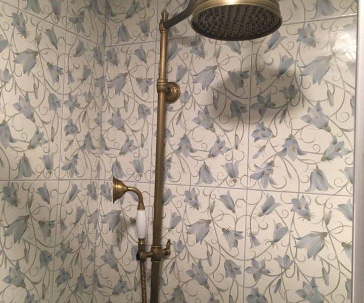 Rustikální sprcha