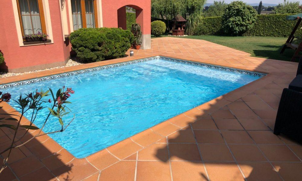 Dlažba na bazén