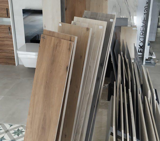 Obklady a dlažba dekor dřeva